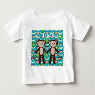 Los monos en espacio van los plátanos t shirt