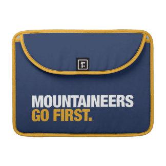 Los montañeses de WVU van primero Fundas Macbook Pro
