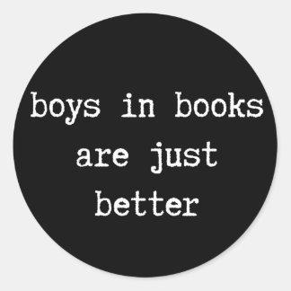 Los muchachos en libros son apenas mejores pegatina redonda