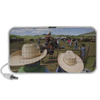 Los muchachos jovenes admiten el rancho 2007 de Hu iPod Altavoces