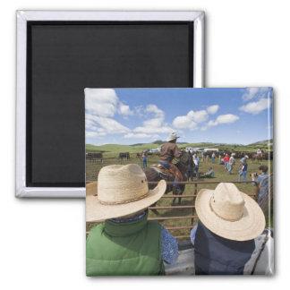 Los muchachos jovenes admiten el rancho 2007 de Hu Imán De Nevera