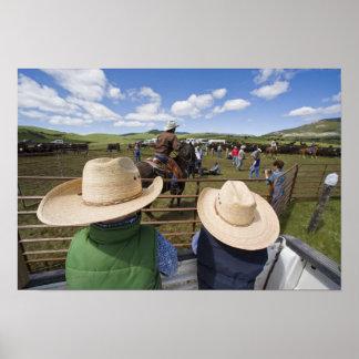 Los muchachos jovenes admiten el rancho 2007 de Hu Póster