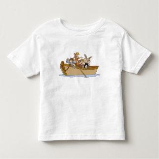 Los muchachos perdidos de Peter Pan en el barco Polera