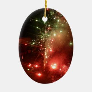 Los muchos colores de un sparkler de Diwali Ornamente De Reyes