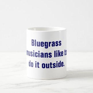 Los músicos del Bluegrass tienen gusto de hacerlo  Tazas