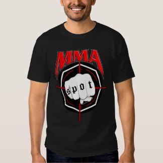Los Muttahida Majlis-E-Amal manchan la camiseta Playeras