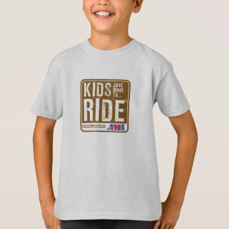 Los niños apenas quieren montar las camisetas de