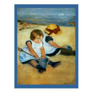 Los niños de Mary Cassatt en la playa (1884) Tarjeta Postal