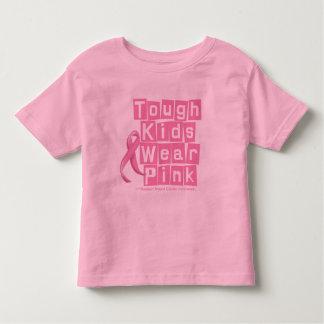 Los niños duros del cáncer de pecho llevan rosa playera