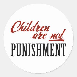 Los niños no son castigo etiqueta redonda