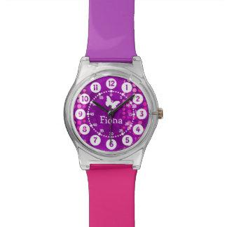 Los niños nombraron los puntos púrpuras rosados fá reloj de mano