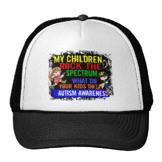 Los niños oscilan el autismo del espectro gorro