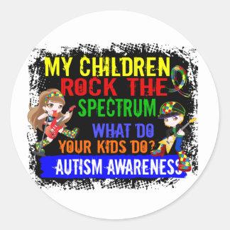Los niños oscilan el autismo del espectro pegatina redonda