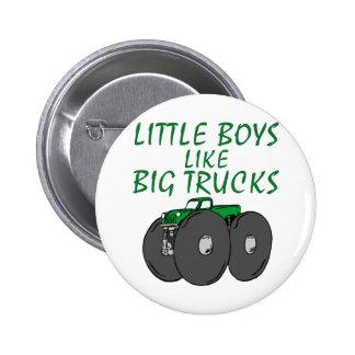 Los niños pequeños tienen gusto de los camiones gr pin