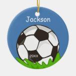 Los niños personalizaron el recuerdo del balón de adorno