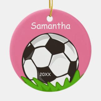 Los niños personalizaron rosa del balón de fútbol adorno navideño redondo de cerámica