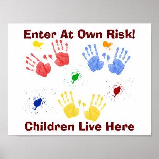 Los niños viven aquí - impresión del arte póster