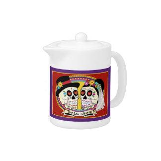 Los Novios English Teapot