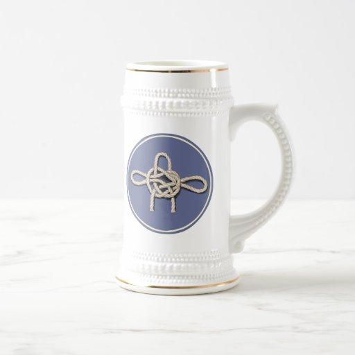 Los nudos de los marineros jarra de cerveza