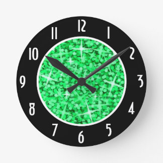 "Los ""números negros verdes"" del Glitz registran al Reloj"