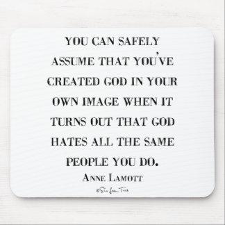 Los odios de dios tienen gusto de usted mouse pad