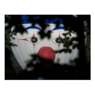 Los ojos de un payaso tarjeta postal