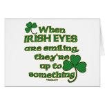 Los ojos irlandeses bromean en tarjetas del irland