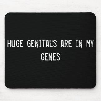 los órganos genitales enormes están en mis genes tapete de raton
