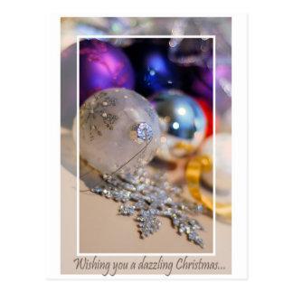 Los ornamentos - deseándole - esconden dentro tarjeta postal