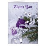 Los ornamentos púrpuras chispeantes le agradecen c tarjeta