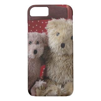 los osos de peluche en un iPhone 7 de la silla Funda iPhone 7