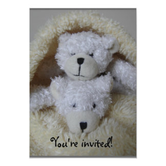 Los osos del gemelo apilaron la invitación de la