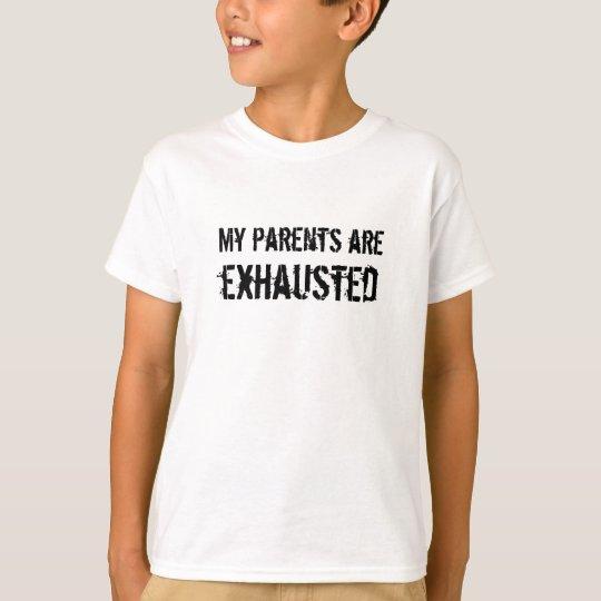 Los padres son camisa agotada de los niños