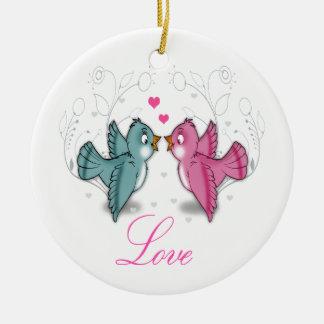 Los pájaros adorables lindos del amor pican las adorno redondo de cerámica