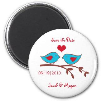 Los pájaros del amor ahorran el imán de la fecha