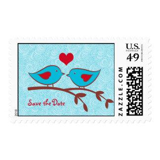 Los pájaros del amor ahorran el sello de la fecha