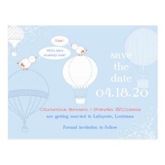 Los pájaros del amor en los balones de aire ahorra tarjeta postal