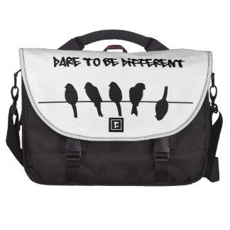 Los pájaros en un alambre - atrévase a ser diferen bolsas para portatil