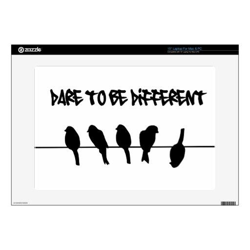 Los pájaros en un alambre - atrévase a ser diferen calcomanía para portátil