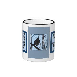 Los pájaros encaramaron 2 que la taza del té del