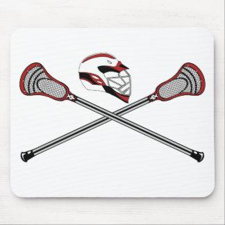 Los palillos de LaCrosse cruzaron rojo del casco Alfombrillas De Ratones