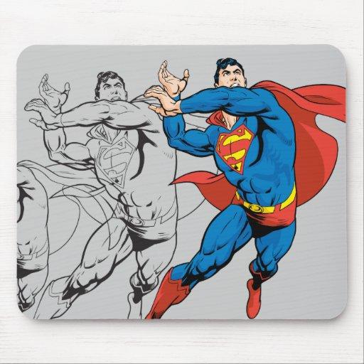 Los paneles cómicos del superhombre alfombrillas de raton