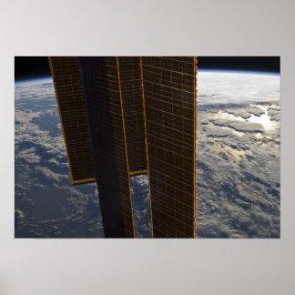 Los paneles solares de la estación espacial impresiones