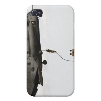 Los pararescuemen de la fuerza aérea conducen un iPhone 4/4S fundas
