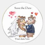 Los pares del boda del dibujo animado ahorran a etiquetas redondas