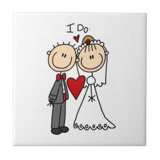 Los pares del boda hago las camisetas y los regalo azulejo cerámica