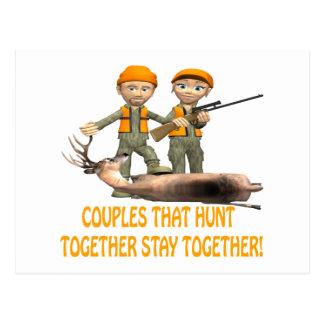 Los pares que cazan juntos permanecen juntos tarjetas postales