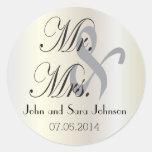 Los pegatinas del boda personalizaron Sr. y a la Pegatina Redonda