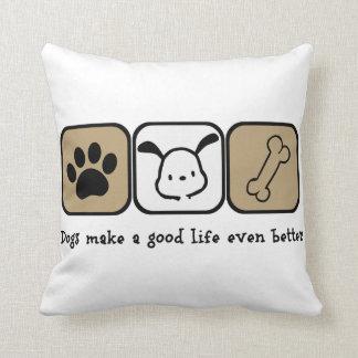 Los perros hacen una buena mejor almohada de tiro