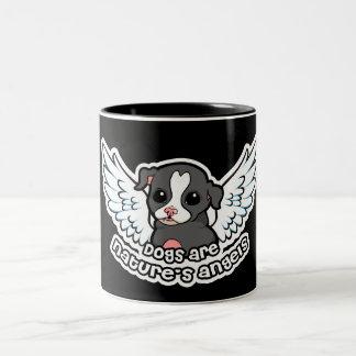 Los perros son el ángel Staffordshire de la Taza De Dos Tonos